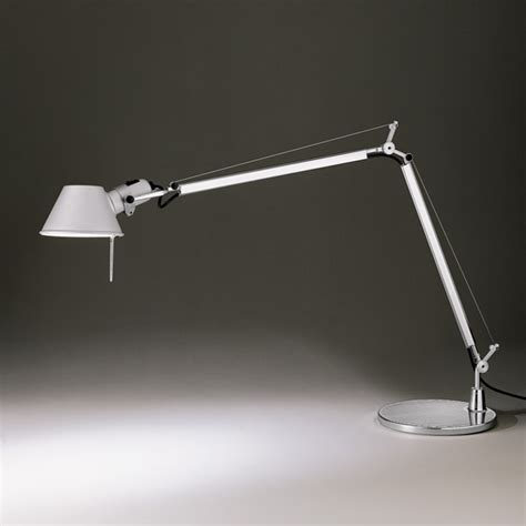 Heating Lights For Bathroom by Artemide Tolomeo Tavolo Table Lamp With Base A001000