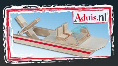 bouwpakket motorboot bouwpakket boot quot watervlo quot met elastieken motor youtube
