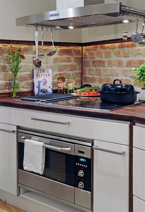 mattoni cucina parete mattoni a vista cucina 69 cucine con pareti di mattoni