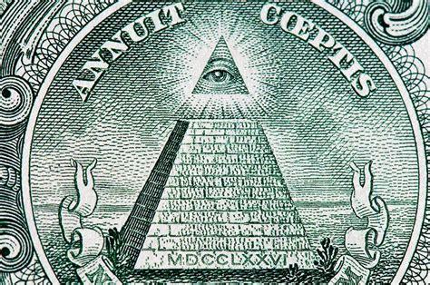 illuminati l un illuminati sur trois croit au complot reptilien le