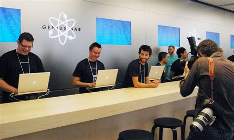 apple genius bar retired apple engineer apparently considered too old for
