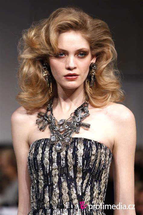 Fashion Show Hairstyles by Oscar De La Renta S Fall 2010 Show Hairstyle