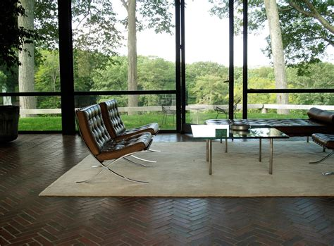 philip johnson glass house interior the little house in the city the philip johnson glass house