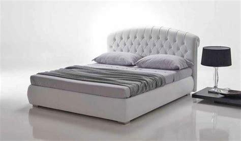 tete de lit roche bobois 1781 choisissez un lit en cuir pour bien meubler la chambre 224