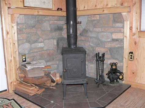 Small Cabin Wood Stove by Small Wood Stoves For Cabins Images