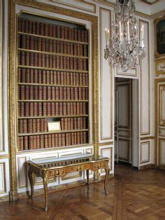 King Louis Apartments Lafayette La Tour The Dining Room Of The Palace Of Versailles Travel