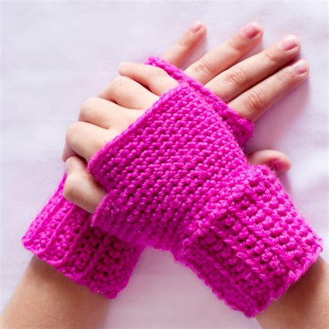 free pattern for crochet fingerless gloves amazing fingerless crochet gloves for girls nationtrendz com
