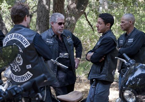 titus welliver interview sons of anarchy kim coates ryan hurst and theo rossi sons of anarchy