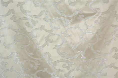 Naila Jaquard Syari Premium Quality ivory scarlet jaquard table overlays