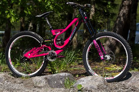 Fahrradrahmen Mit Airbrush Lackieren by What Are In The Whistler Bike Park Pinkbike