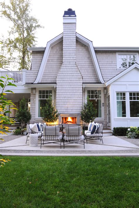 creating  cozy outdoor living space monika hibbs  lifestyle blog