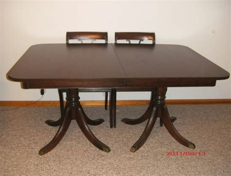 Dining Table 1940s Duncan Phyfe Dining Table