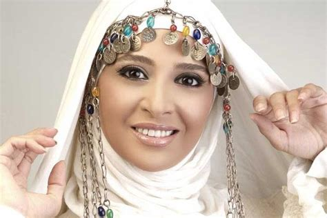 hijabi actresses top  celebrities  wear hijab