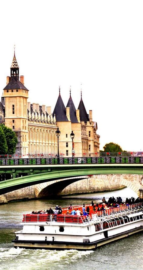 attractions  paris france page