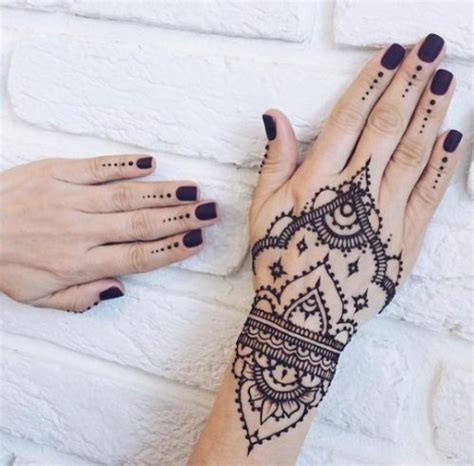 minimalist tattoo brisbane top 25 best simple henna designs ideas on pinterest