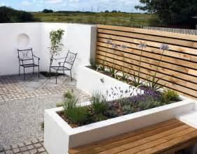 Outdoor Wooden Sofa Terrassengestaltung Die Terrasse Schicker Aussehen Lassen