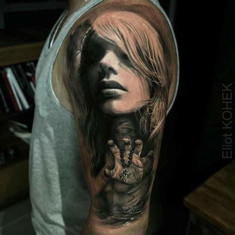 photo realism tattoo artist artist eliot kohek hensies