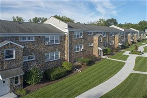 Menands Gardens by Menands Gardens Menands Ny Apartment Finder