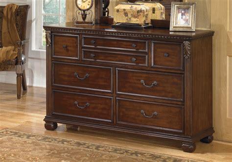 overstock bedroom dressers leahlyn dresser overstock warehouse