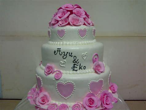 jual kue wedding susun harga murah jakarta oleh khena cake
