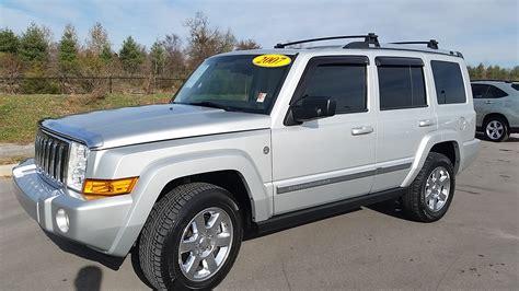 jeep commander silver jeep commander interior 2008 image 100