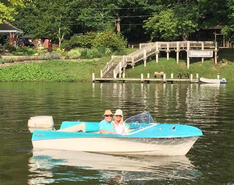 saugatuck boat rental retro boat rentals saugatuck added a new retro boat