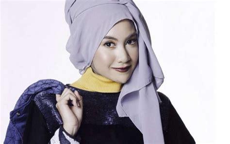 Celan Plisket Wanita Cantik Dan Keren Real Picture 100 50 foto gadis berjilbab cantik imut masih muda islami 2018 terbaru9 info