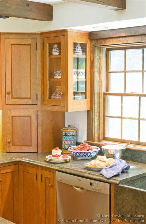Shaker Kitchen Cabinets Door Styles Designs And Pictures Corner Kitchen Cabinets Design