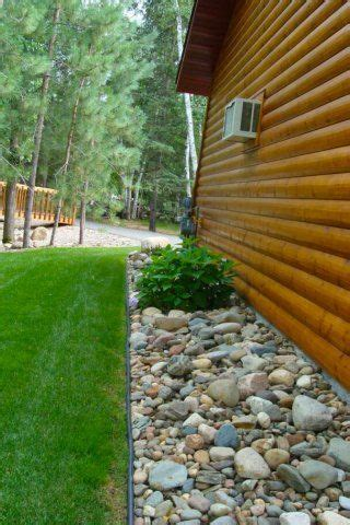 drainage side of house best 25 rock flower beds ideas on pinterest