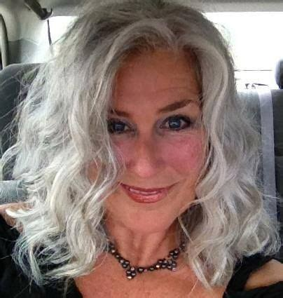 best haircuts for women over 50 with jowls 60 best images about grijs haar met highlights on