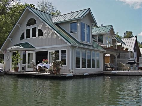 panoramio photo of floating home