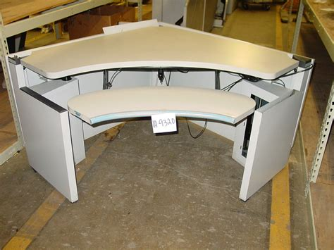 Steelcase Corner Desk Steelcase Government Auctions Governmentauctions Org R