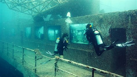 dive tours explore the unsinkable ship with these dive tours to the