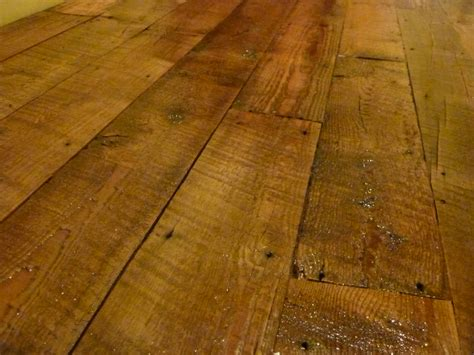 Reclaimed Barnwood T&G Flooring   Fence Row Furniture