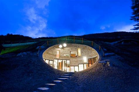 coolest houses 5 coolest underground homes