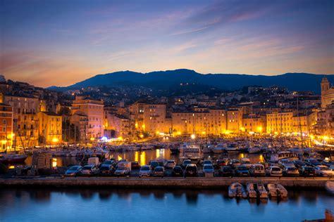 Location Voiture Bastia Port by Location V 233 Hicule De Luxe En Corse Lamborghini