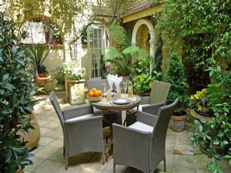 Patio Garden Apartments by Best Small Apartment Patio Garden Design Ideas Patio