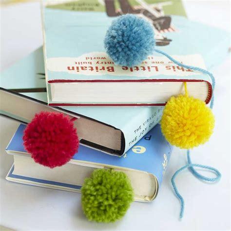Pretty Page Turners: How To Make A Pom Pom Bookmark