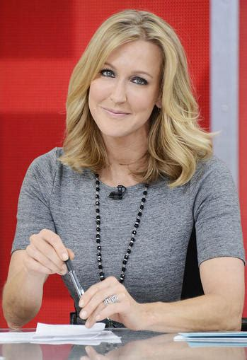lara spencer lara spencer signs new deal to stay at morning america today s news our take tvguide