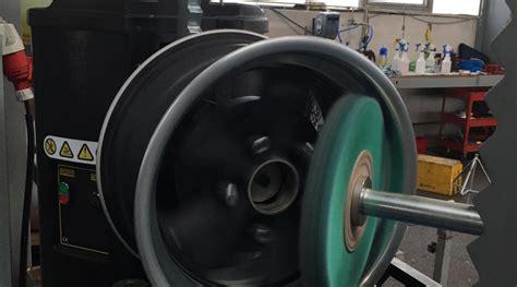 Felgen Lackieren Kratzer by Felgenreparatur M 252 Nchen Felgenaufbereitung Lackieren