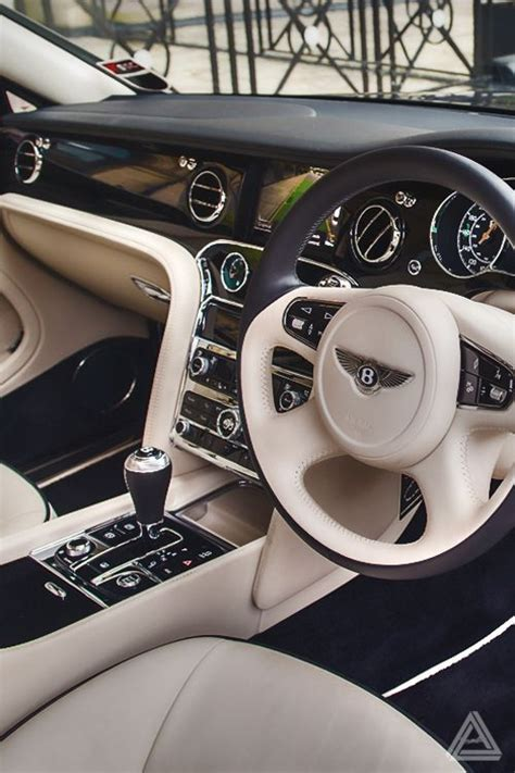 luxury bentley interior best 25 car interiors ideas on pinterest luxury cars