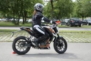 Leichtes Einsteigermotorrad by Fahrschul Tv Einfach Besser Unterwegs
