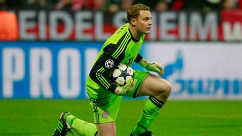 world best goalkeeper ranked the top 5 goalkeepers in the world signal