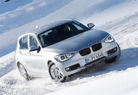 Series B 26 I Pictures Of Bmw 120d Xdrive 5 Door Sport Line F20 2012