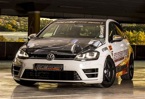 Golf R Quarter Mile by This Modified Golf R Smashes The 1 4 Mile In 10 95 Seconds