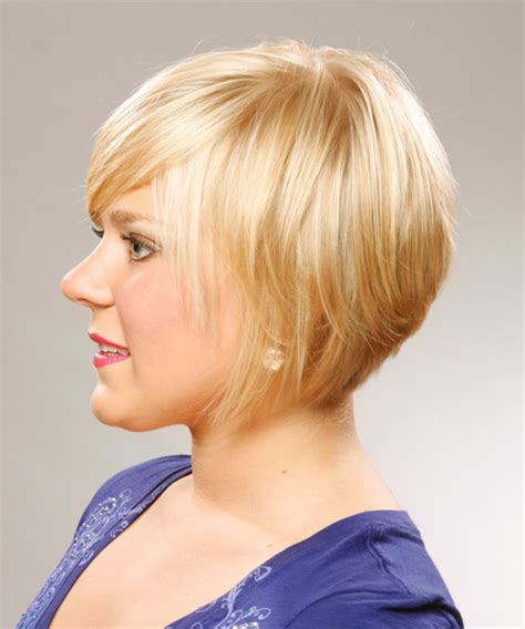 swept back casual haircust short straight casual hairstyle with side swept bangs honey