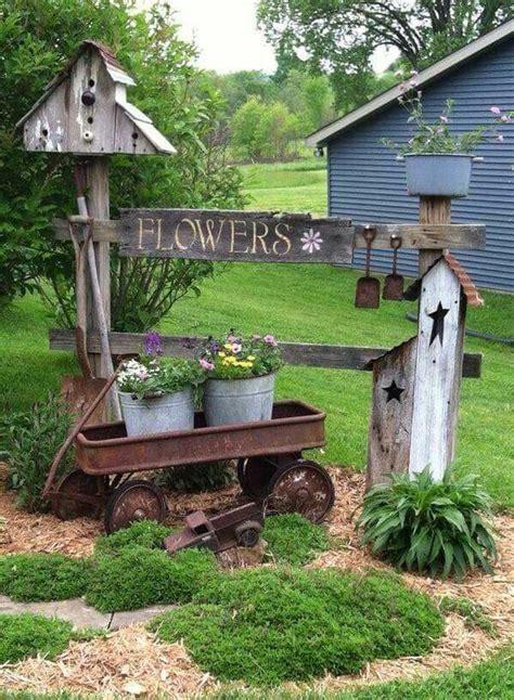primitive outdoor decor best 25 rustic garden decor ideas on rustic