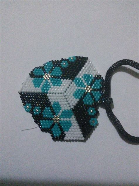 seed bead peyote patterns 82 best images about triangle peyote patterns on