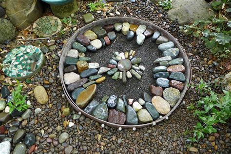 jeffrey bale s world of gardens building a pebble mosaic
