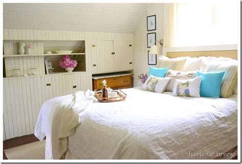 beach themed bedrooms remodelaholic beach cottage bedroom makeover